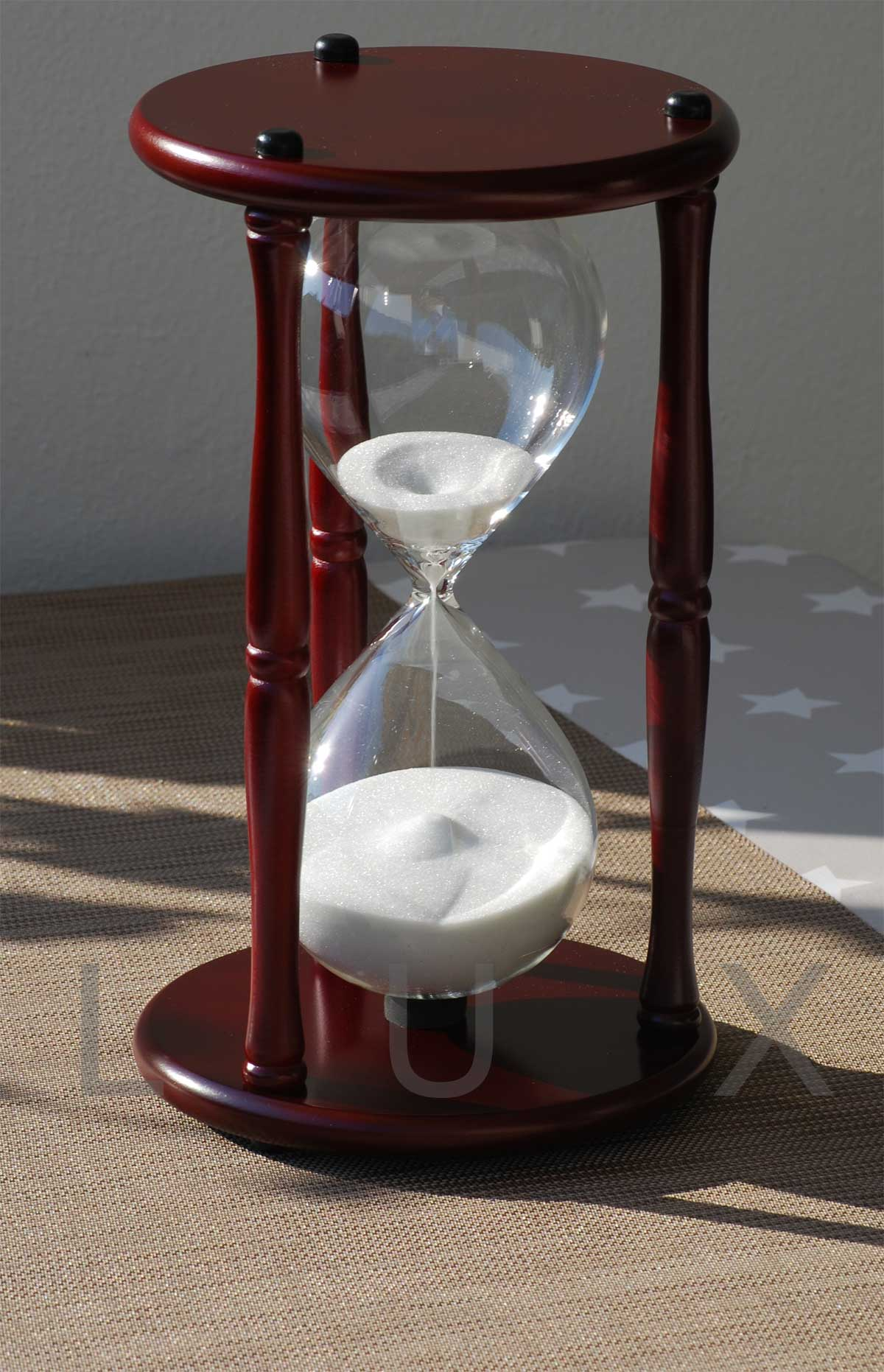 60 minuten sanduhr renaissance holz 60 minuten. Black Bedroom Furniture Sets. Home Design Ideas